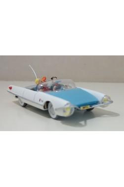 Les voitures de SPIROU et Fantasio : 1/43è Turbot 2 - Vacances sans histoires. Atlas, 2008